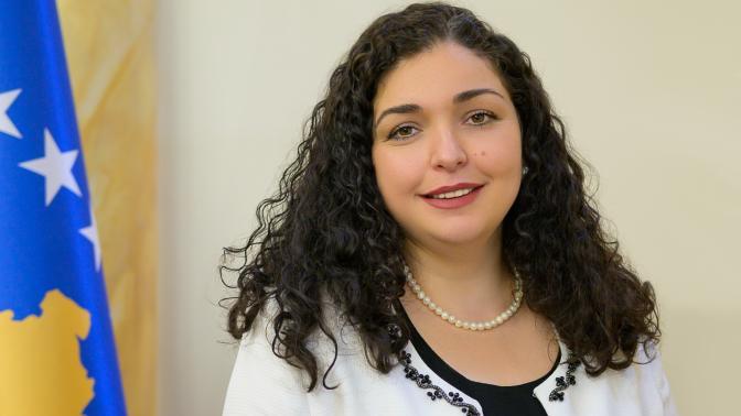 Vjosa Osmani wurde zur Präsidentin des Kosovo gewählt